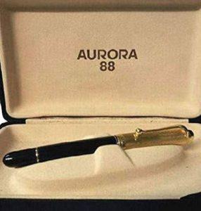 Aurora, una gran pluma estilográfica de entreguerras